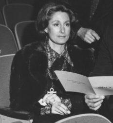 Margot Hartman Tenney '55, P '81